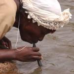 6 métodos curiosos para depurar agua_LifeStraw